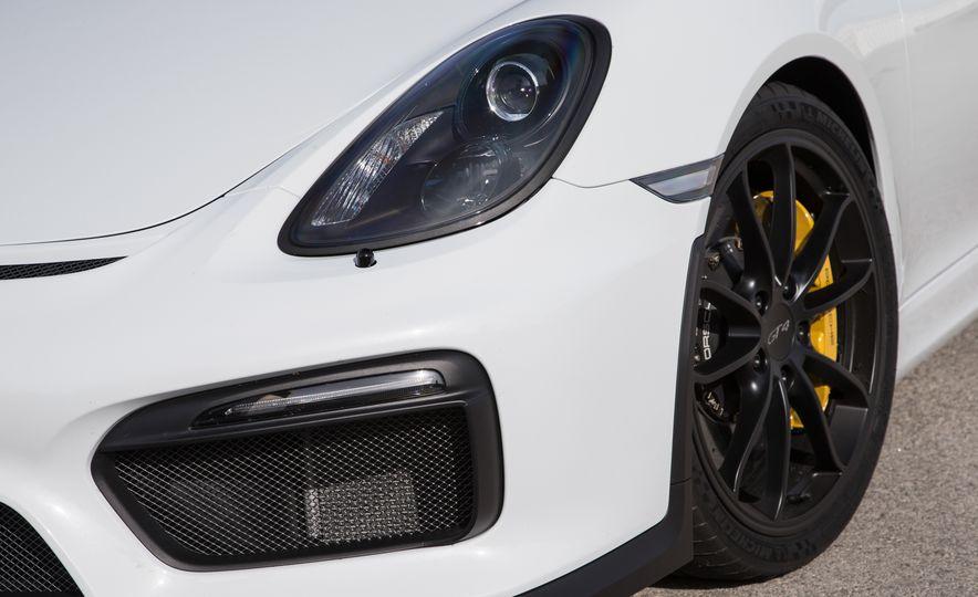 2016 Porsche Cayman GT4 - Slide 23