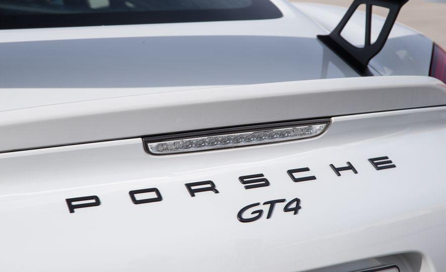 2016 Porsche Cayman GT4 - Slide 30