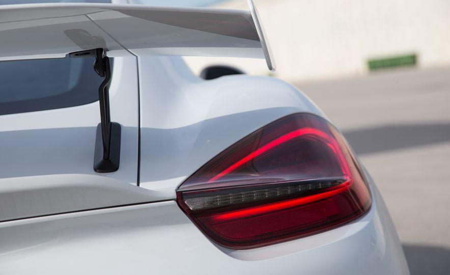 2016 Porsche Cayman GT4 - Slide 32