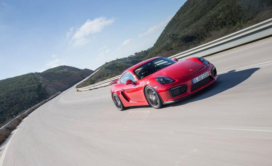 2016 Porsche Cayman GT4 - Slide 38