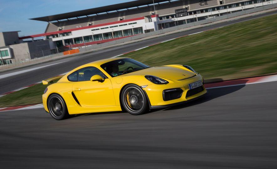 2016 Porsche Boxster Spyder - Slide 18
