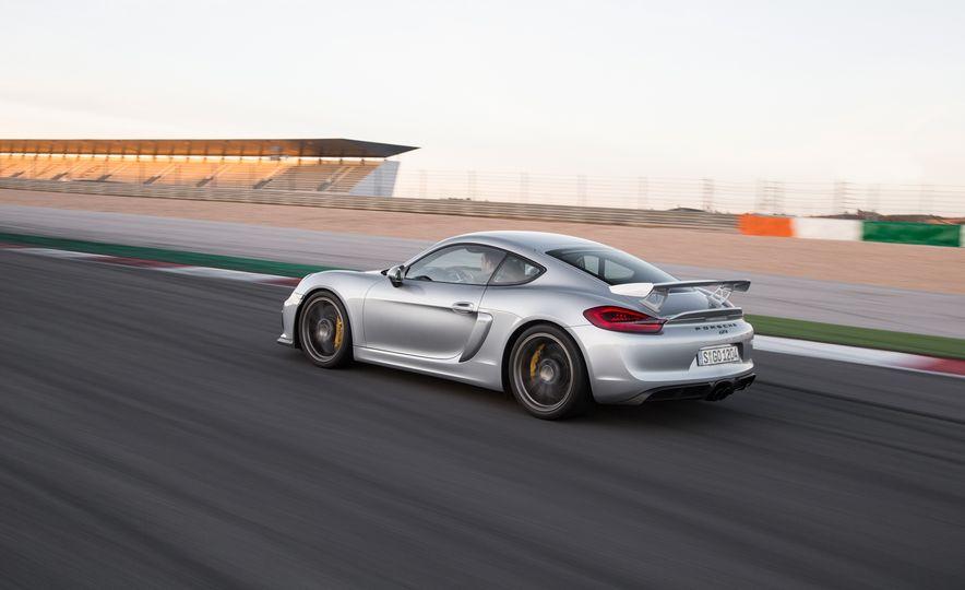2016 Porsche Boxster Spyder - Slide 23
