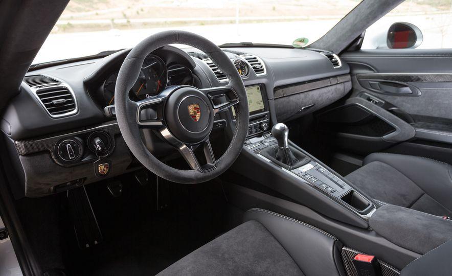 2016 Porsche Cayman GT4 - Slide 102