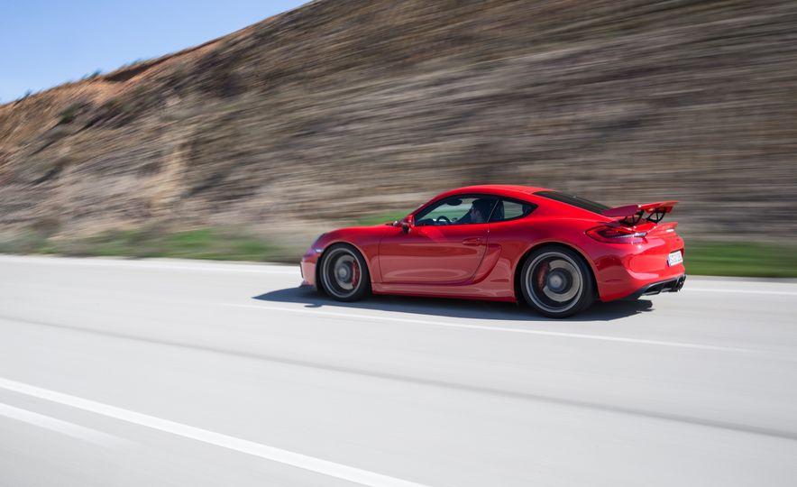 2016 Porsche Cayman GT4 - Slide 5