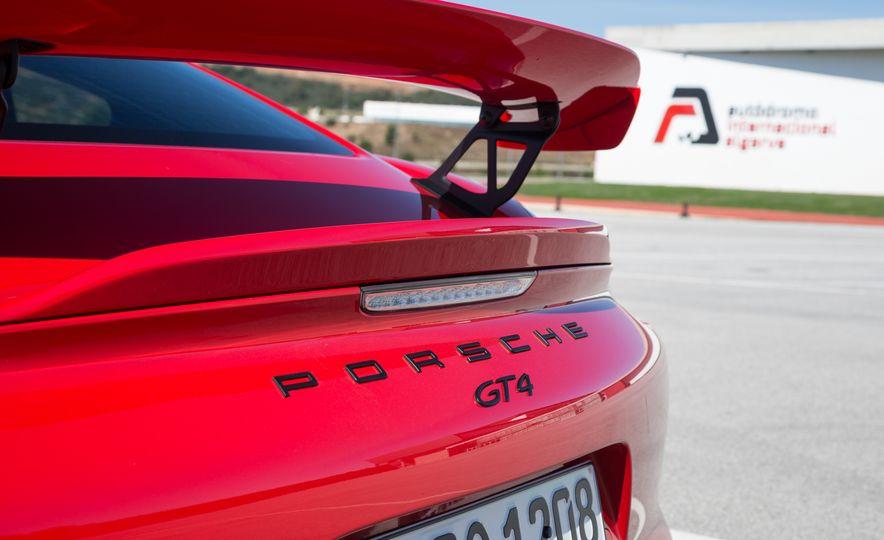 2016 Porsche Cayman GT4 - Slide 16