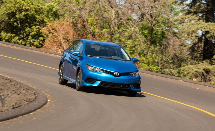 2016 Scion iM - Slide 18
