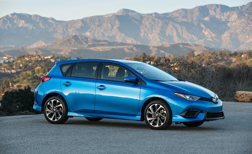 2016 Scion iM - Slide 21