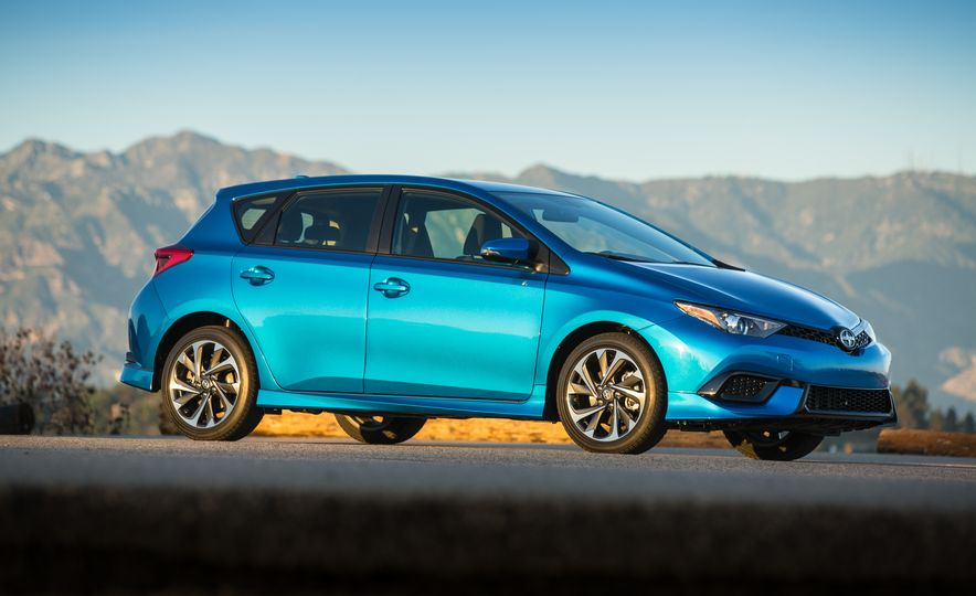 2016 Scion iM - Slide 22