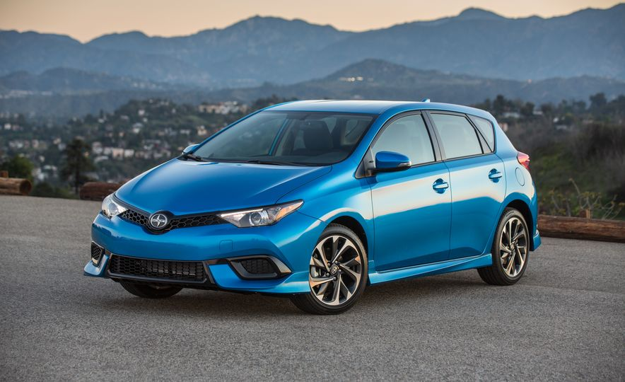 2016 Scion iM - Slide 23