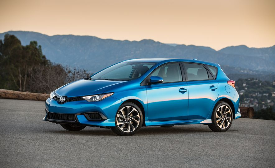 2016 Scion iM - Slide 24