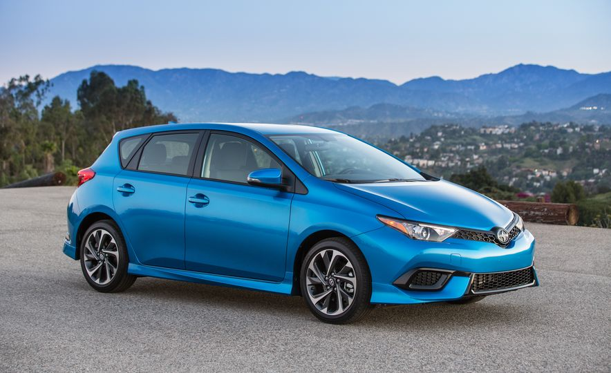 2016 Scion iM - Slide 28