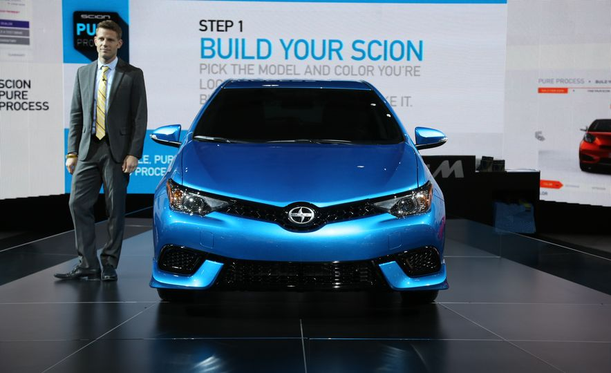 2016 Scion iM - Slide 3