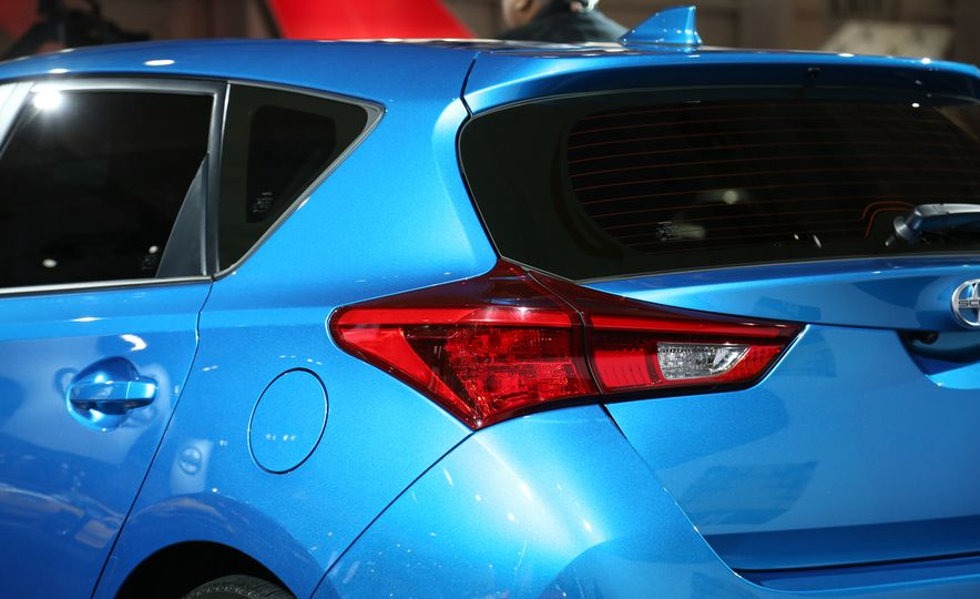 2016 Scion iM - Slide 15