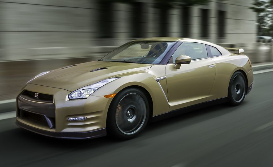 2016 Nissan GT-R 45th Anniversary Gold Edition - Slide 1