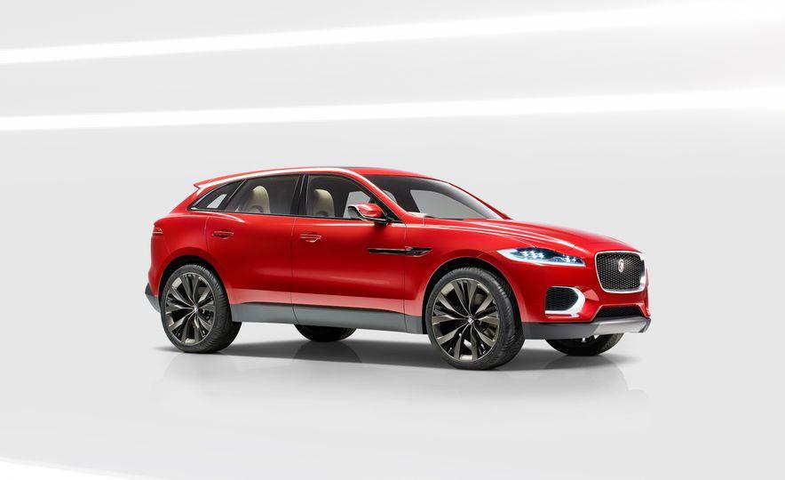 2017 Jaguar F-Pace concept - Slide 1