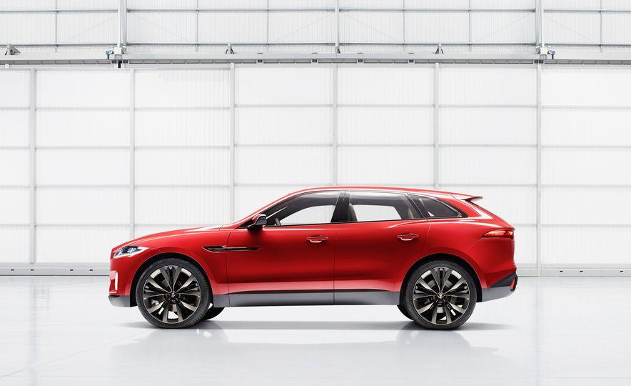2017 Jaguar F-Pace concept - Slide 5