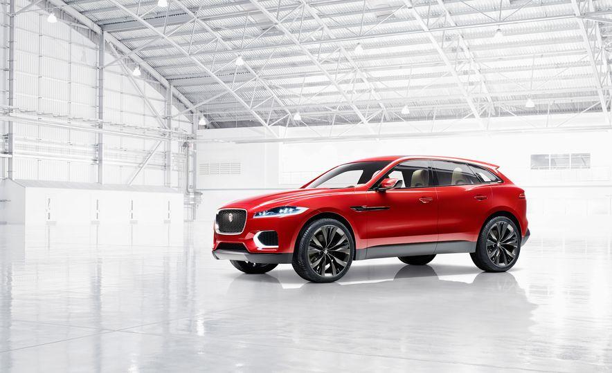 2017 Jaguar F-Pace concept - Slide 8