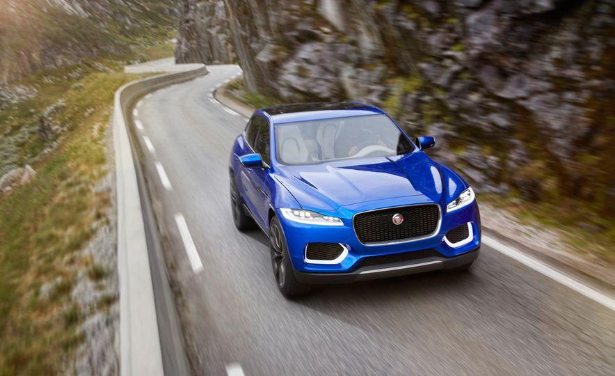 2017 Jaguar F-Pace concept - Slide 17