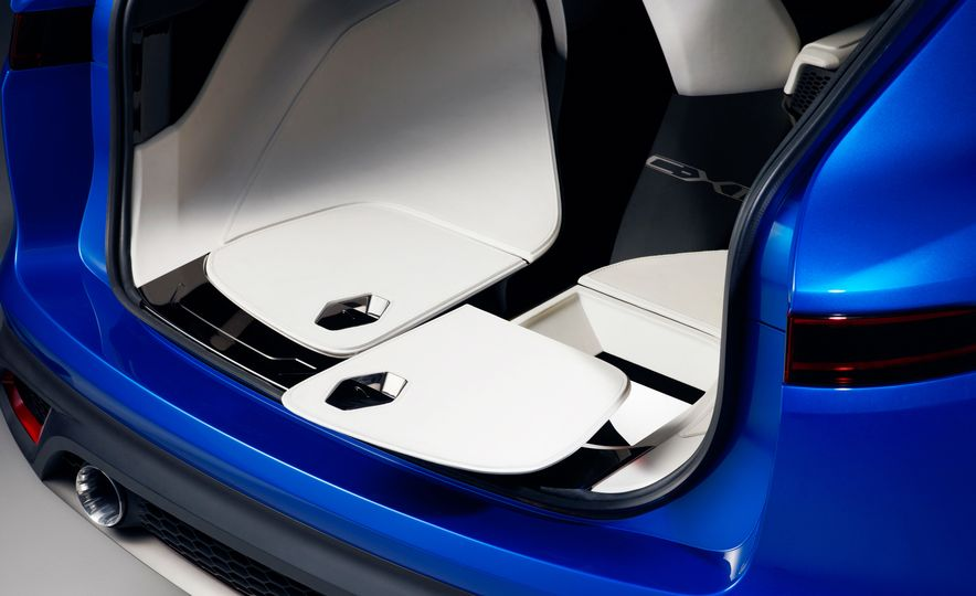 2017 Jaguar F-Pace concept - Slide 23