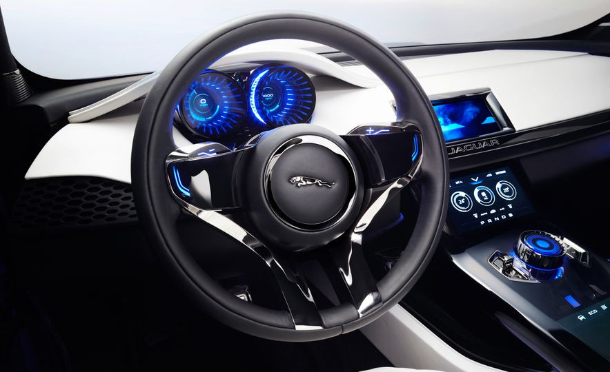 2017 Jaguar F-Pace concept - Slide 28