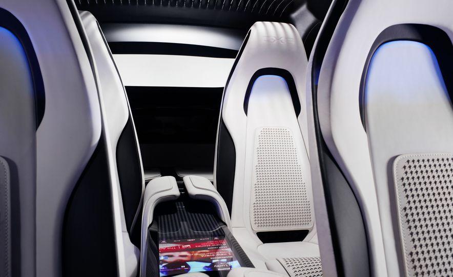 2017 Jaguar F-Pace concept - Slide 29