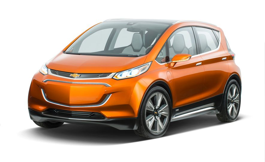 2018 Chevrolet Bolt concept - Slide 1