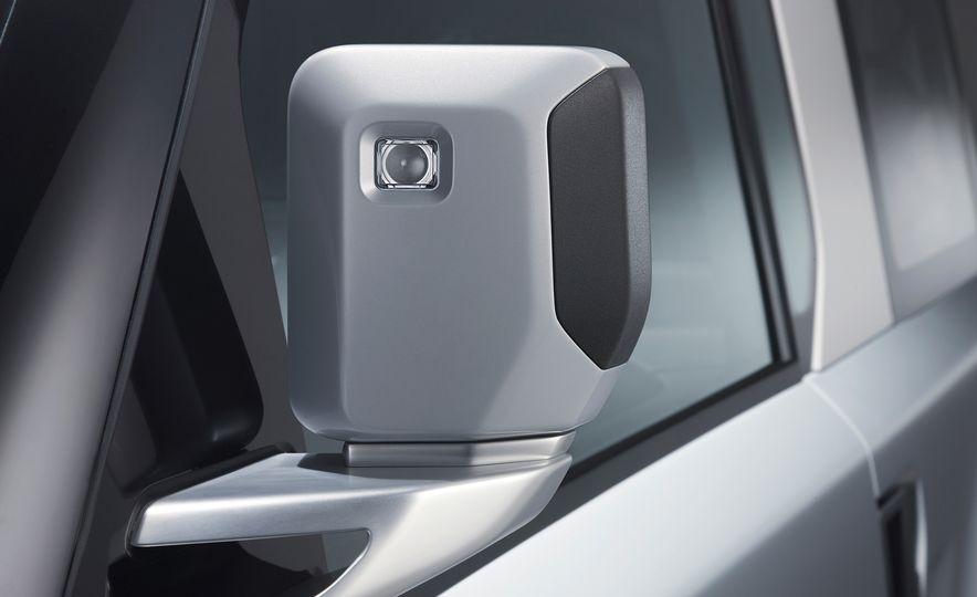 2018 Land Rover Defender concept - Slide 16