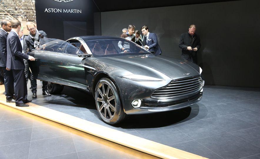 Aston Martin DBX concept - Slide 1
