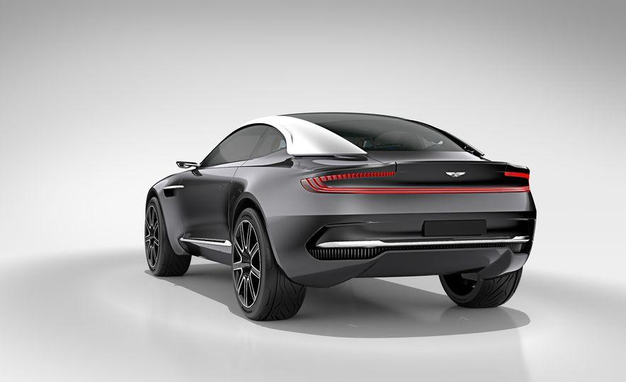 Aston Martin DBX concept - Slide 14