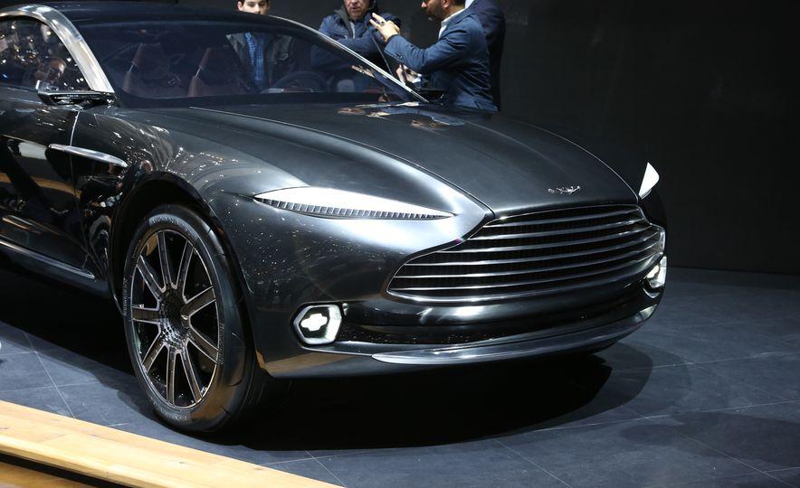 Aston Martin DBX concept - Slide 6