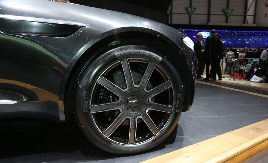 Aston Martin DBX concept - Slide 10