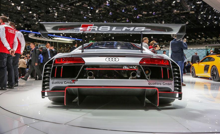 Audi R8 LMS race car - Slide 5