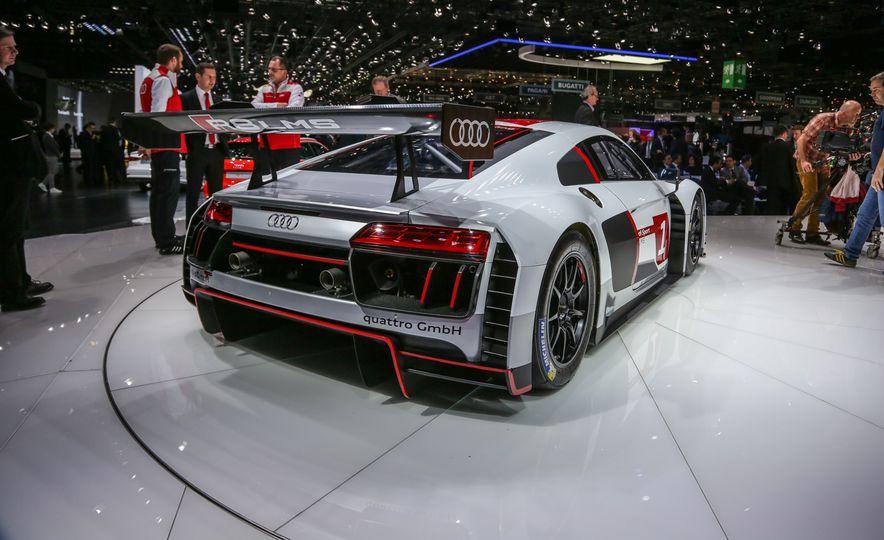 Audi R8 LMS race car - Slide 6