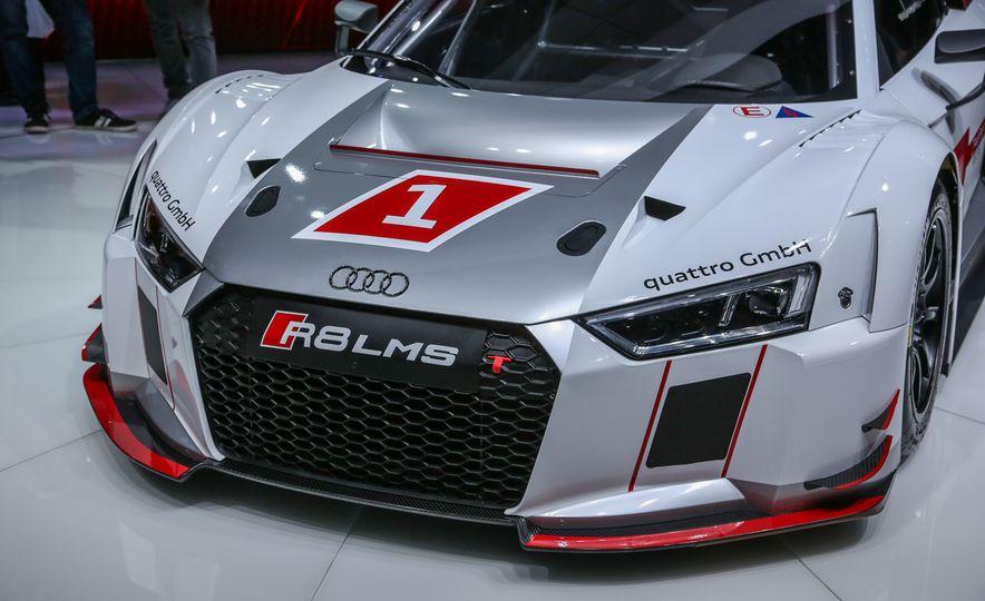 Audi R8 LMS race car - Slide 10