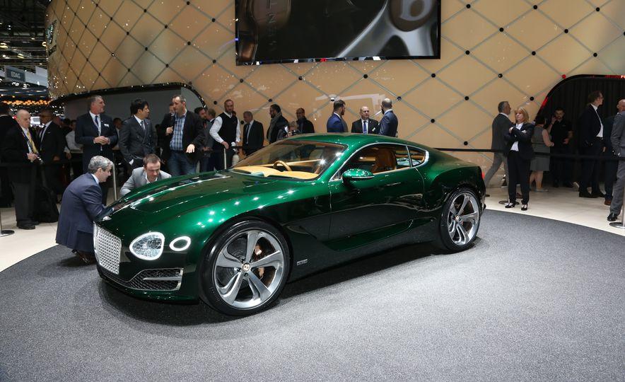 Bentley EXP 10 Speed 6 concept - Slide 1