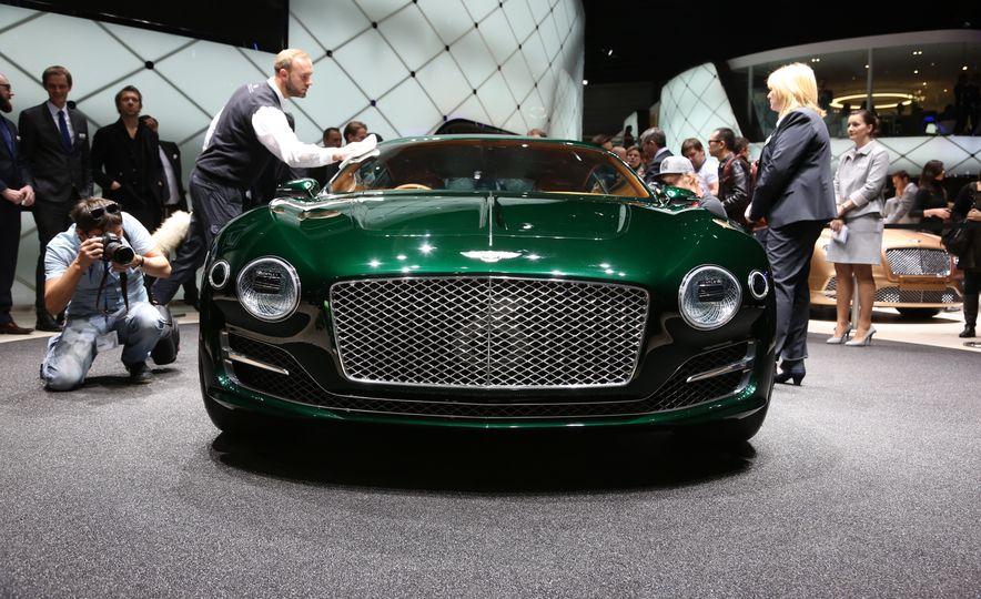 Bentley EXP 10 Speed 6 concept - Slide 4