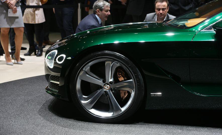 Bentley EXP 10 Speed 6 concept - Slide 14