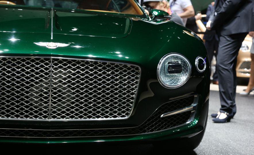 Bentley EXP 10 Speed 6 concept - Slide 24