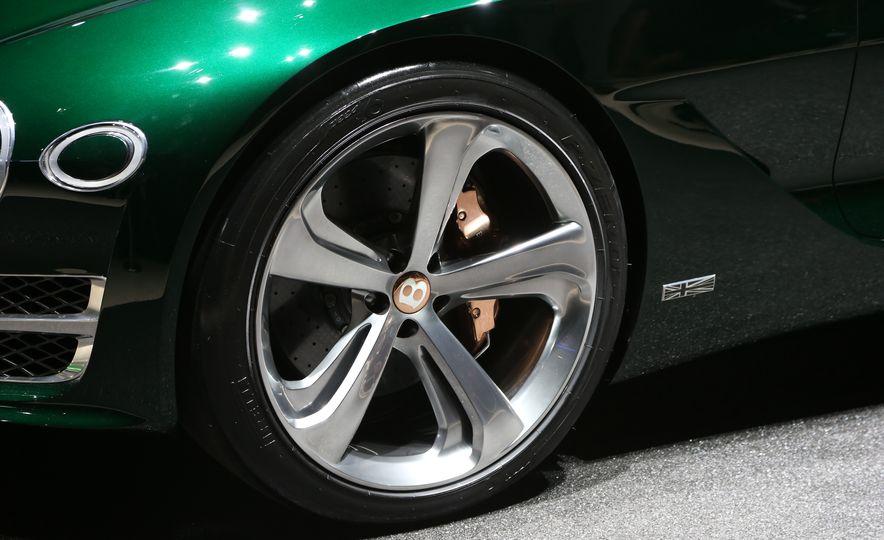 Bentley EXP 10 Speed 6 concept - Slide 26