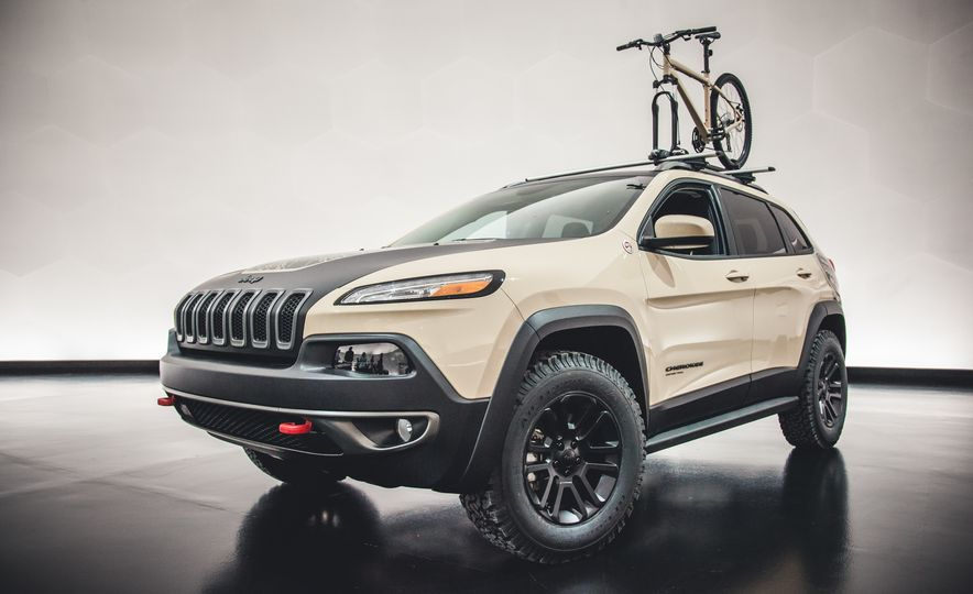 The Magnificent Seven: 2015 Jeep Concept Vehicles Headed to Moab - Slide 5