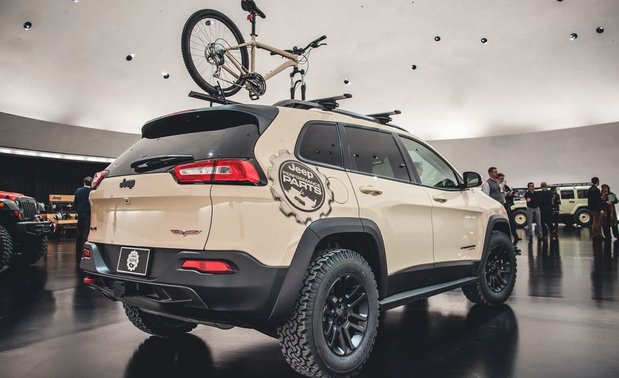 The Magnificent Seven: 2015 Jeep Concept Vehicles Headed to Moab - Slide 6