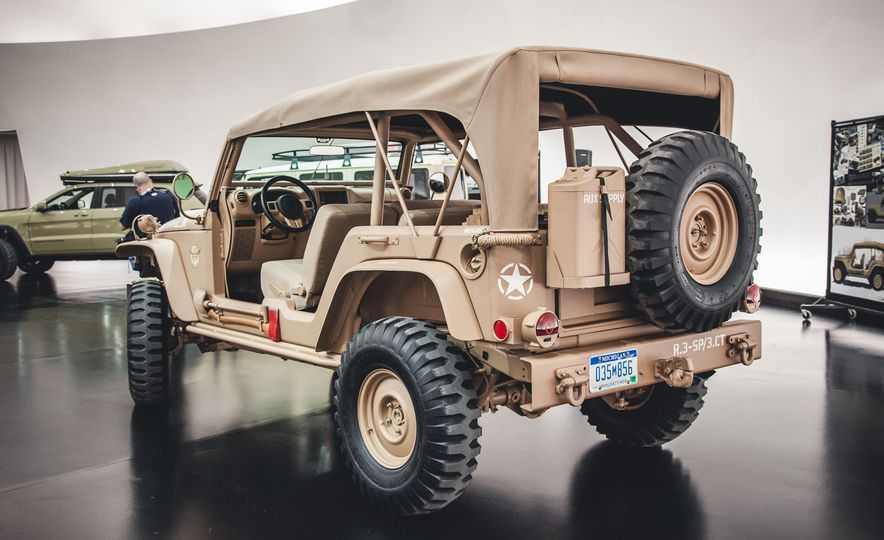 The Magnificent Seven: 2015 Jeep Concept Vehicles Headed to Moab - Slide 12