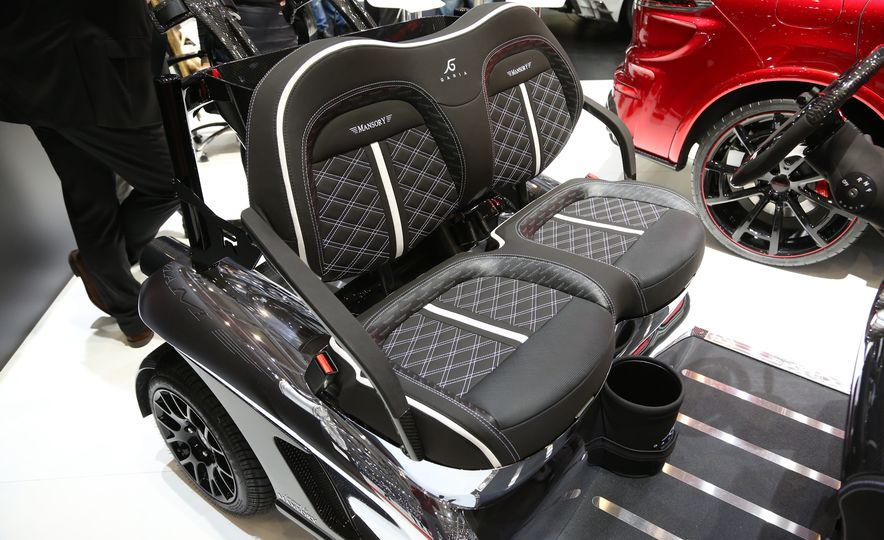 Mansory Garia Mansory Currus golf cart - Slide 8