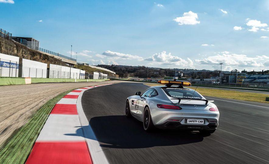 Mercedes-AMG GT S F1 safety car - Slide 4