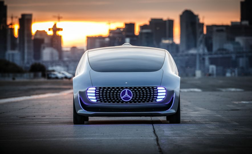 Mercedes-Benz F 015 Luxury in Motion prototype - Slide 19