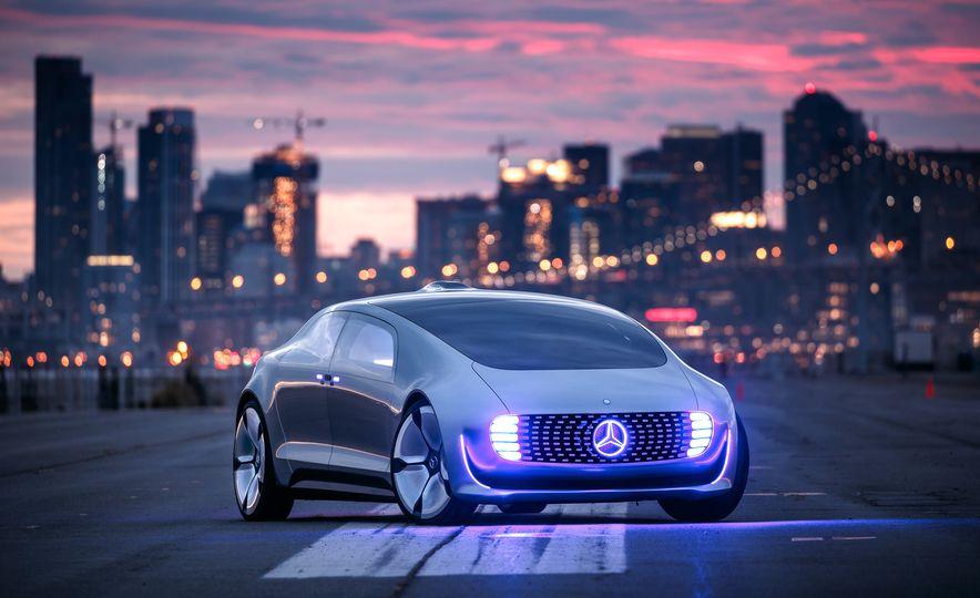 Mercedes-Benz F 015 Luxury in Motion prototype - Slide 26