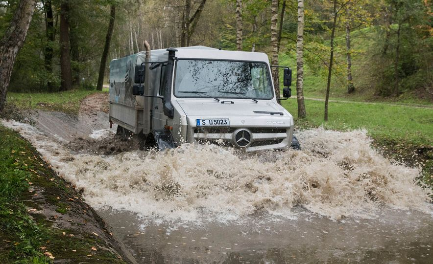 Mercedes-Benz Unimog: The Pickup/Other Thing Benz Has Been Building for Decades - Slide 9