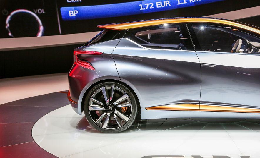 Nissan Sway concept - Slide 13