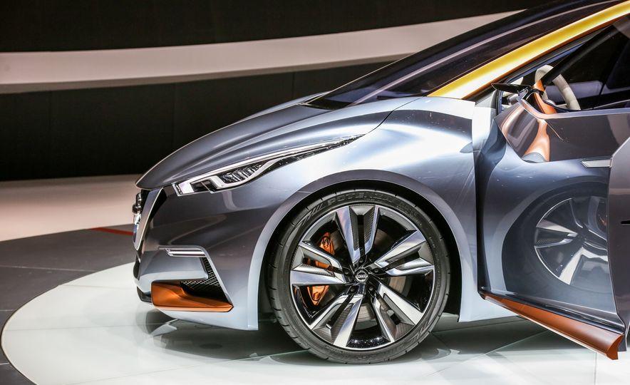 Nissan Sway concept - Slide 19