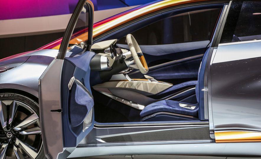 Nissan Sway concept - Slide 24